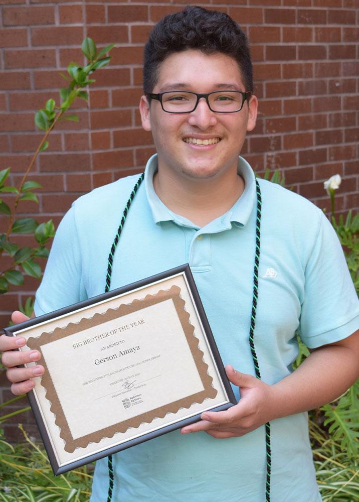 High School Volunteer Gerson Amaya